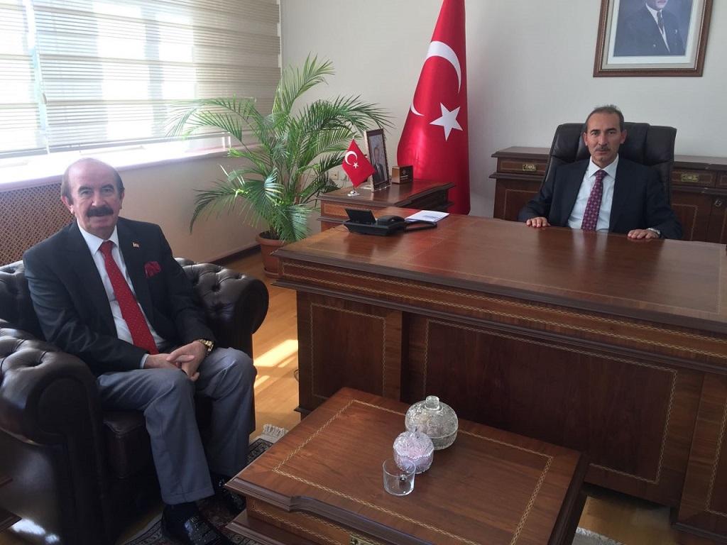 Başkan Demirgil'den Cumhuriyet Üniversitesi Rektörü Alim Yıldız'a ziyaret