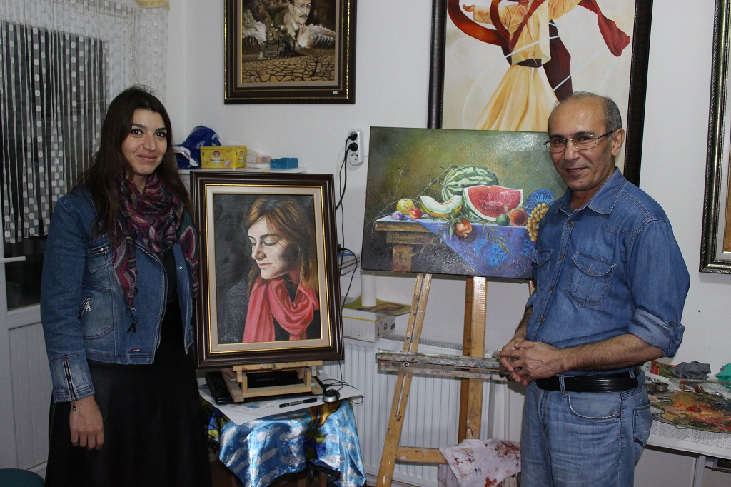 Ressamlar derneğin'den   ev hanımlarına ve emeklilere resim kursu