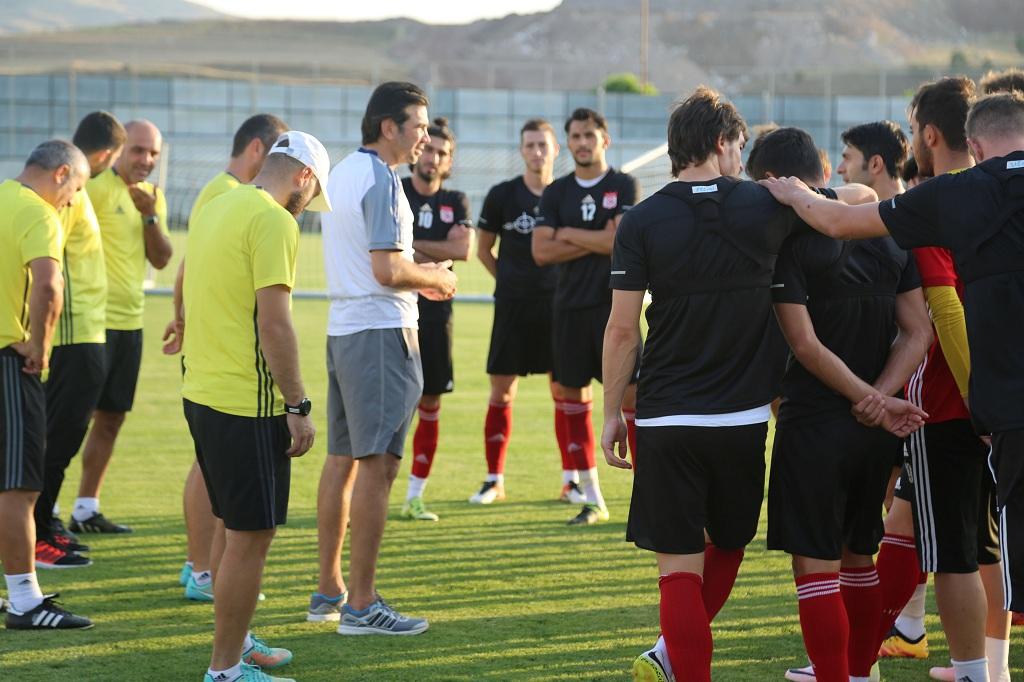 Sivasspor'da Mersin İdmanyurdu maçının hazırlıkları sürüyor