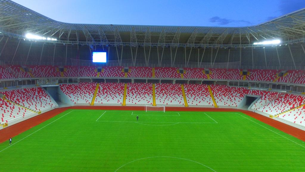 Stadyumda, Belediye Üzerine Düşeni Yaptı