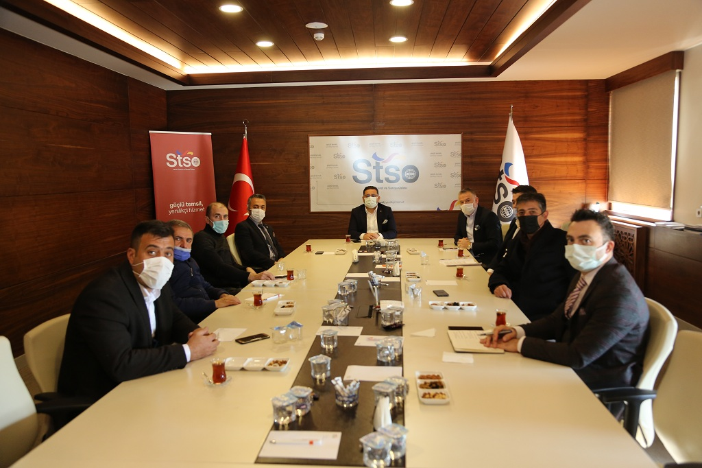 Başkan Eken  24. Komite (Seyahat acenteleri Taşımacılık – servis) temsilcileriyle bir araya gelerek talepleri dinledi