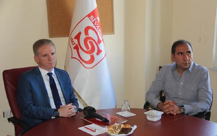 Vali   GÜL, Sivas Spor Eğitim ve Kültür Vakfı Olağan Genel Kurul Toplantısına Katıldı