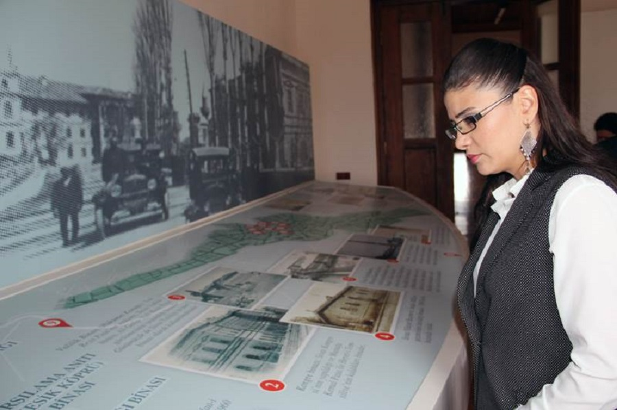Vali Davut Gül'ün eşi Sayın Gülden Gül Hanımefendi Kongre Binası Atatürk ve Etnografya Müzesini ziyaret etti