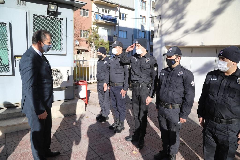 Vali Salih Ayhan, Yeniyılı Kahraman Mehmetçiklerimizle Karşıladı