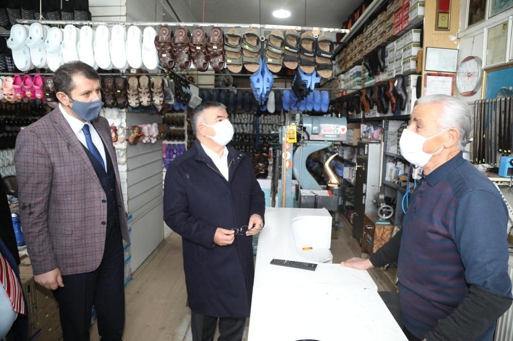 Vali Salih Ayhan Zara ve İmranlı İlçesini ziyaret etti