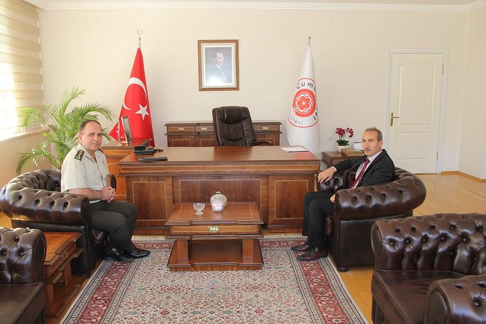 Cumhuriyet Üniversitesi Rektörü Prof. Dr. Alim Yıldız'a ziyaretler tüm hızıyla devam ediyor